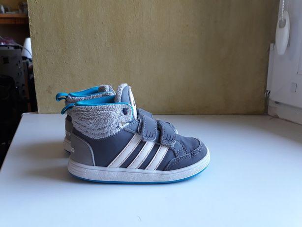 Кроссовки Adidas 22 розмір 14 см