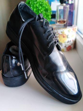 Туфли, на шнурках 38