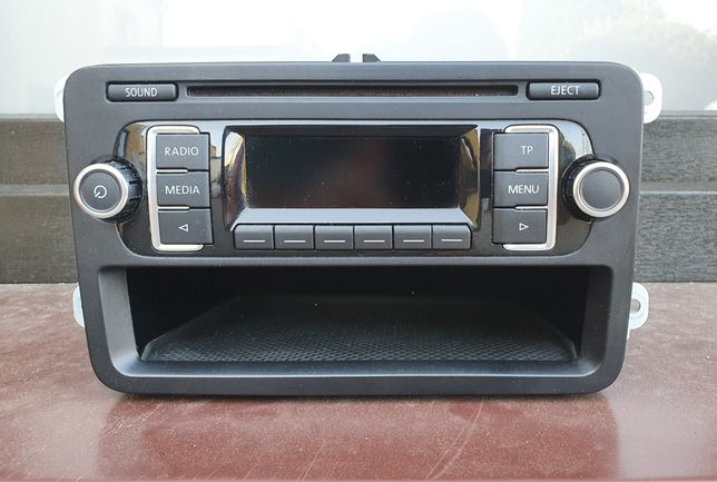 Radio RCD210