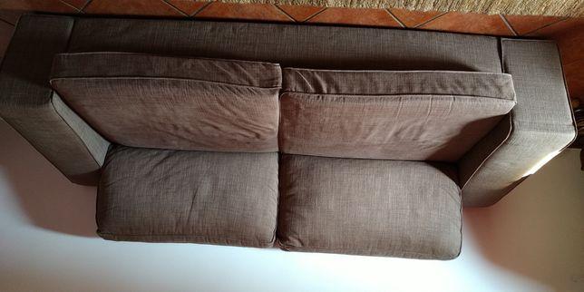 Vendo este  sofá kivi