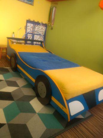 Łóżko młodzieżowe, dziecięce auto, stan dobry