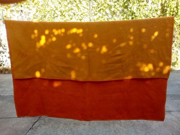 Одеяло шерстянное 220-220 см.