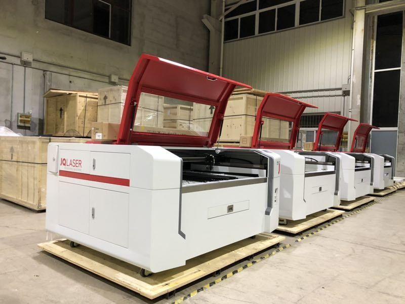 Máquina a laser de co2 100w c/ sistema CCD (Deteção de Contornos)