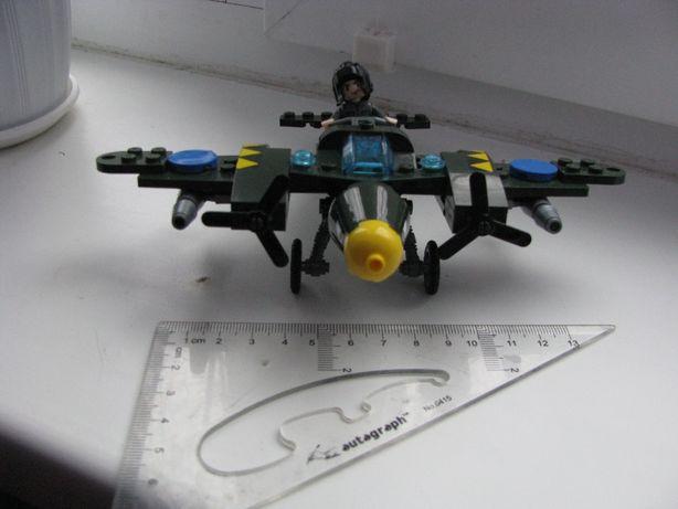Конструктор Лего Самолет