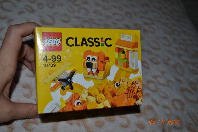 Конструктор LEGO Classic 10709 Оранжевый набор для творчества - 450 р