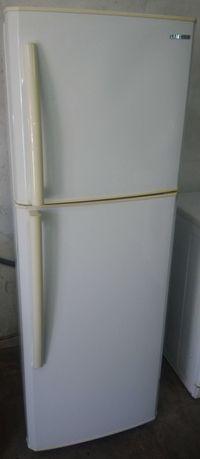 Frigorifico de duas portas SAMSUNG