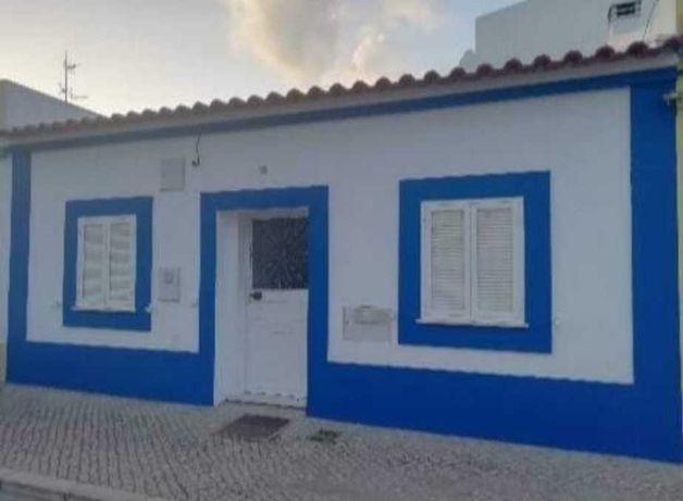 Casa Térrea c/ quintal Algarve