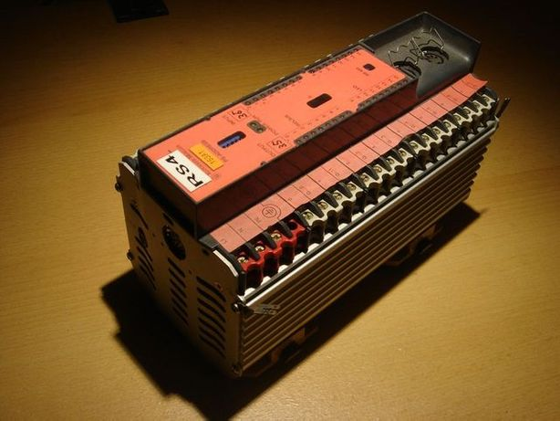 Sterownik PLC Klockner Moeller PS3 AC