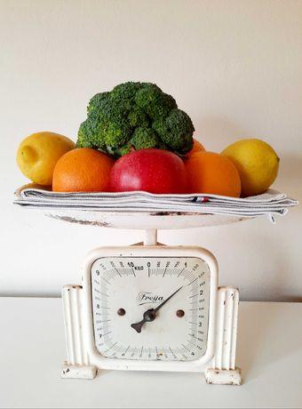 Balança antiga de cozinha