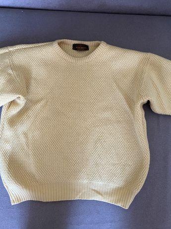 Шерстяной свитер желтый
