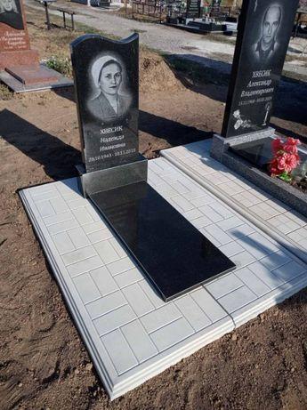 """Гранитные Памятники от """"Гранит Стиль"""" под ключ"""