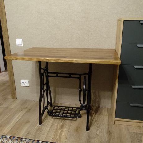 Стол на швейной станине