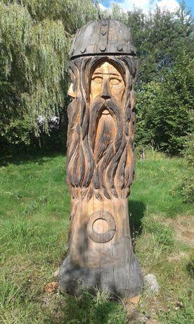 """Rzeźba w drewnie """"Światowit"""" 250cm."""