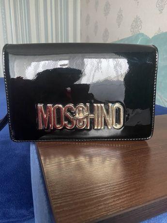 Сумочка Moschino