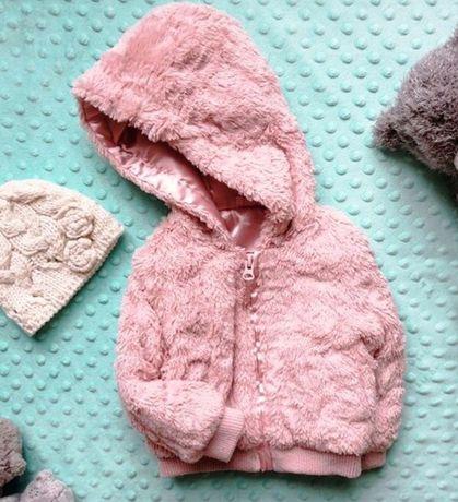 Десткая куртка на девочку 74 см