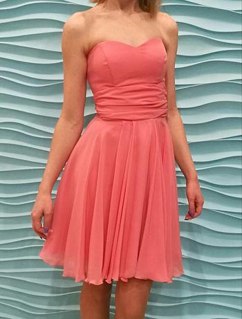 Łososiowa / różowa sukienka