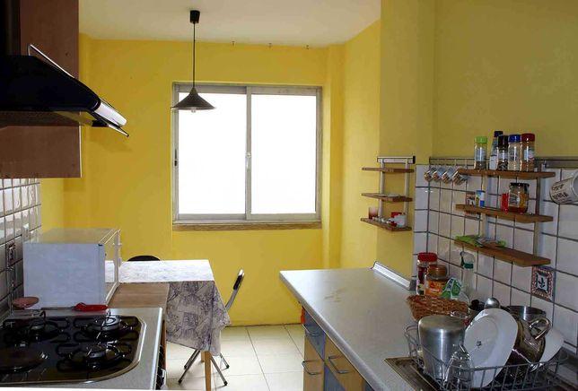 3 Quartos a arrendar em apartamento de estudantes, Moscavide
