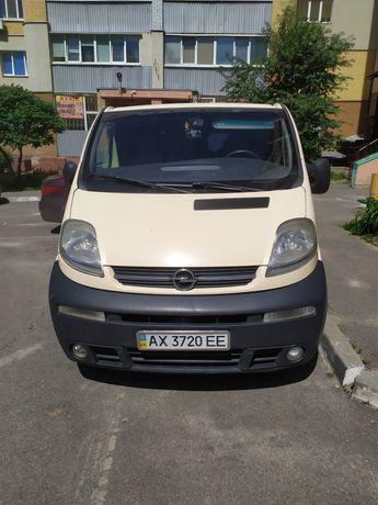 Opel vivaro 2,2 turbo