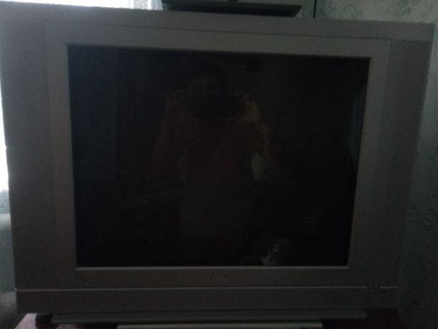 Цветной телевизор TCL
