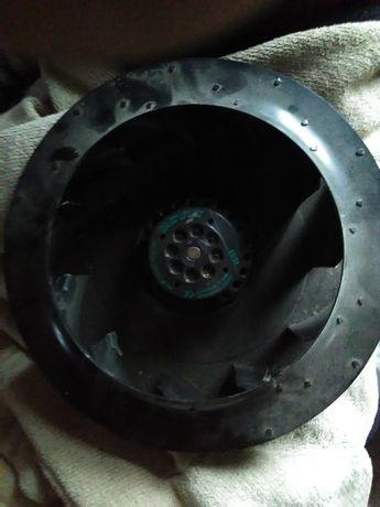 Продам двигатель для вентиляции