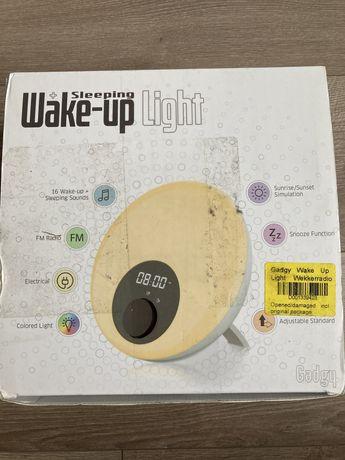 Radio z budzikiem i  lampką - zmienia kolory