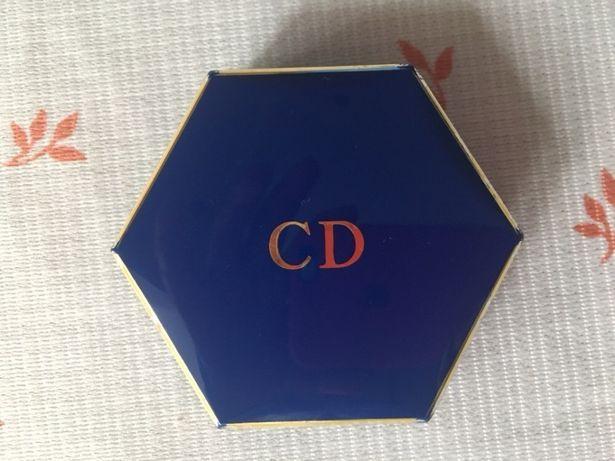 Футляр от пудры CD Dior