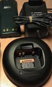 Зарядний пристрій Motorola PMTN4034А