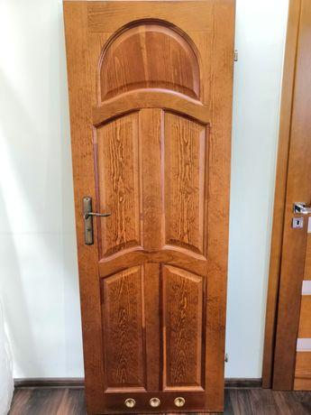 Drzwi drewniane łazienkowe