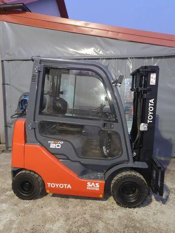 Wózek widłowy Toyota 8FGKF20 Compact 4sekcje rozdzielacza