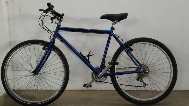 Bicicleta gravel ou cidade