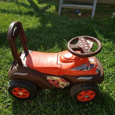 Samochodzik pchacz  dla dzieci