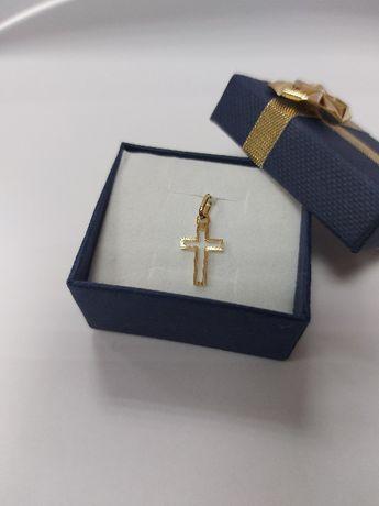 Złoty delikatny komunijny krzyżyk próba 585