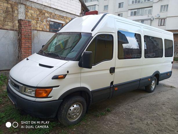 Iveco 8+1 пасажир