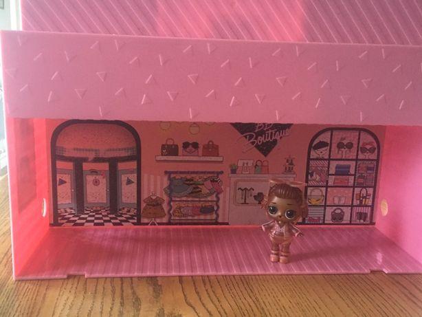 Игровой набор L.O.L. Surprise! Модный подиум (с куклой instagold)