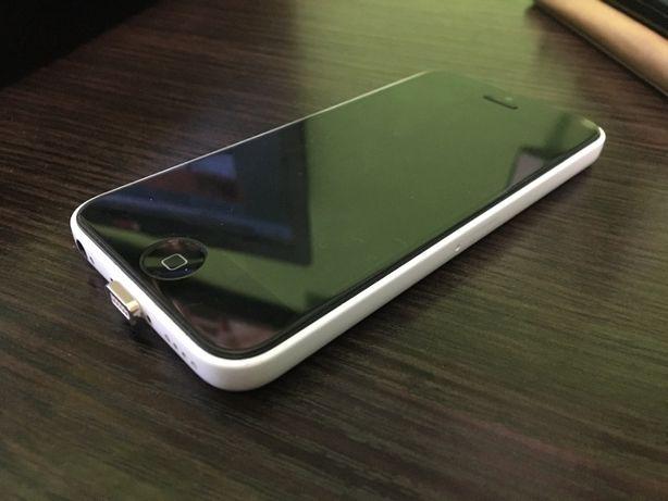 Iphone 5c 8GB 10/10