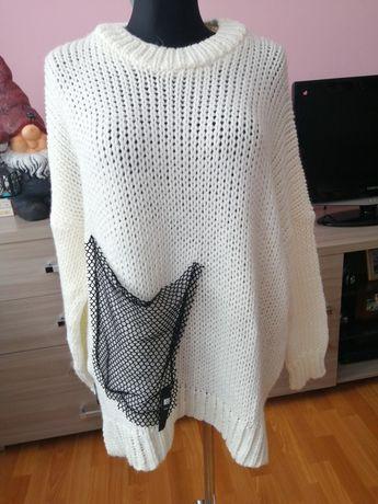 Śmietankowy sweter minouu