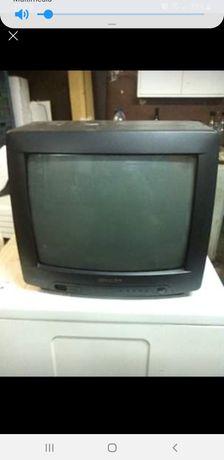 TV com suporte de parede
