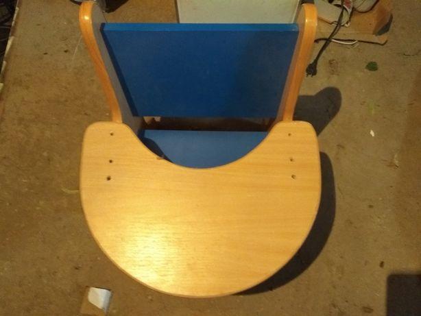 детское кресло для кормления.