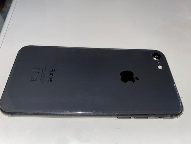 Iphone 8 64 gb polecam