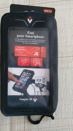 Etui, sakwa na telefon, smartfon na rower.