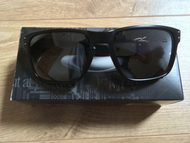 Oakley Holbrook okulary przeciwsłoneczne 100% oryginalne i nowe