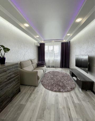 Продам простору 2-кімнатну квартиру на Щасливому