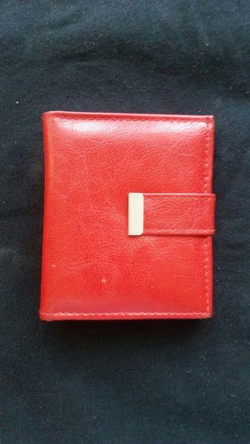 Portfel czerwony eko skóra skórzany damski portmonetka w dobrym stanie