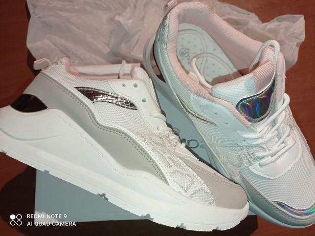 Nowe buty sportowe DeeZee