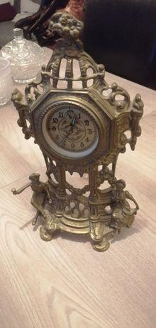 Piękny zabytkowy zegar