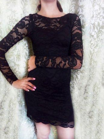 Красиве чорне платтє на 10-12 років.
