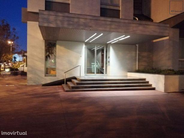 Otimo apartamento Avenida Venezuela no Porto