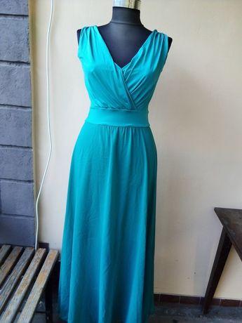 Платье в пол. Очень красивое