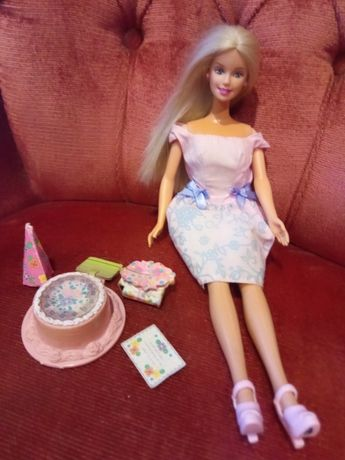 Barbie Doll 2000 hapy birthday.