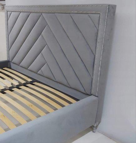 PRODUCENT! Łóżko sypialniane z pojemnikiem twardym i stelażem metalowy